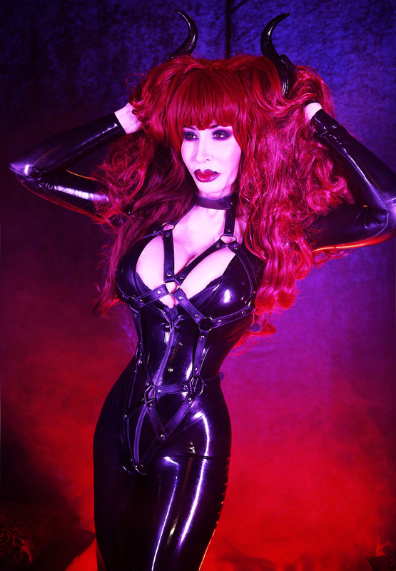 Candie recommends Latex cosplay porn