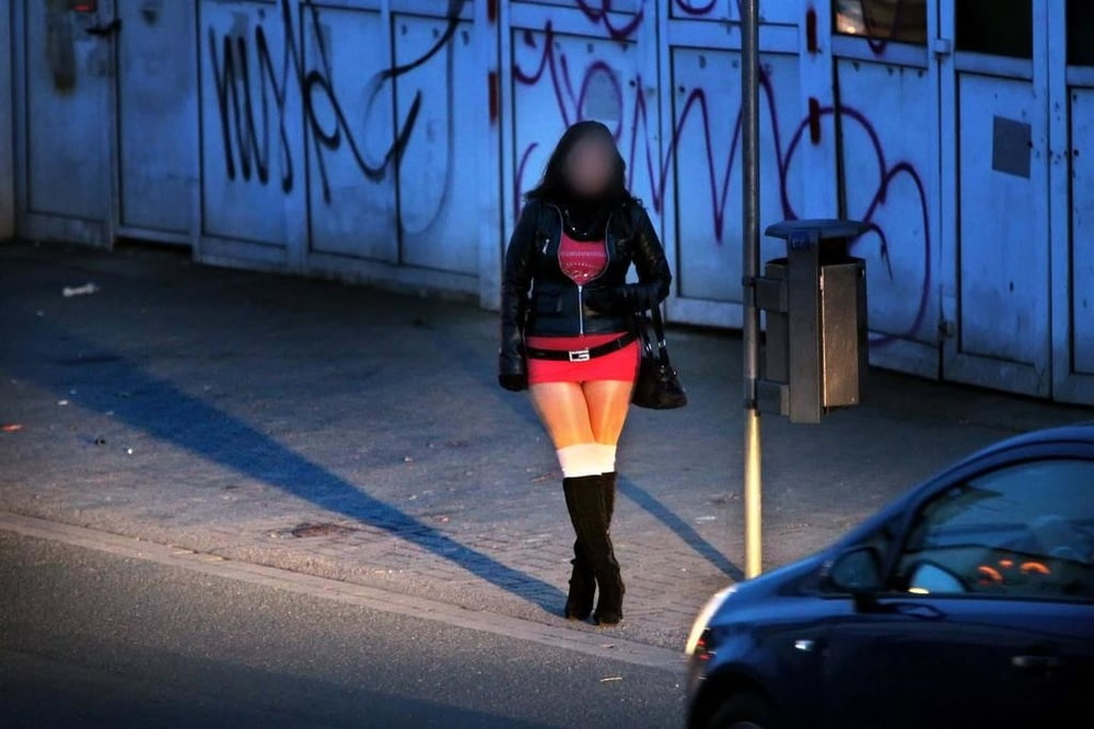 Dilligard recommend Erotic female domination wrestling