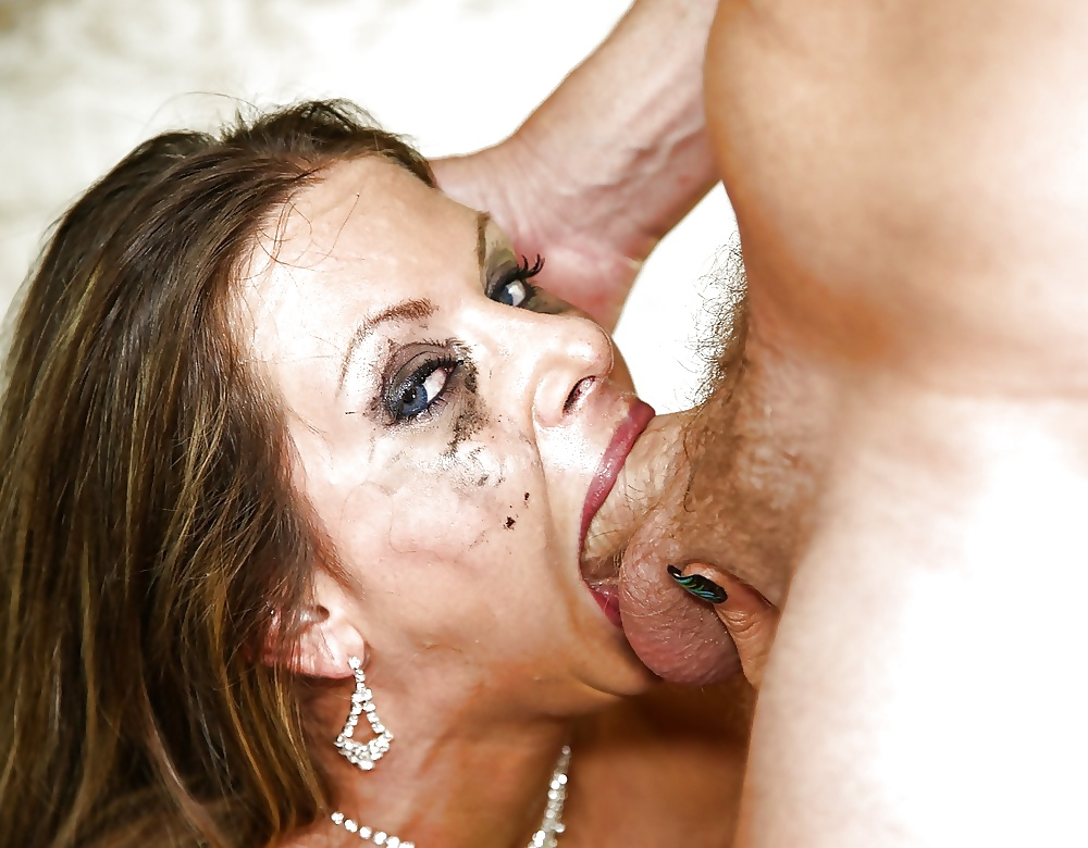 Lindsay recommend Girl fucked in ass no lube