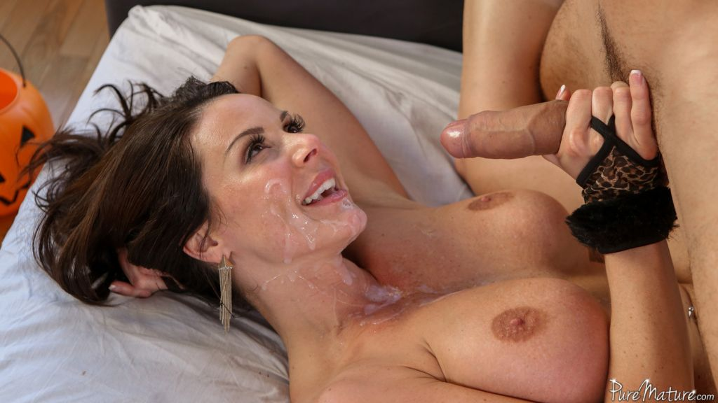 Orte recommend Ripped asshole ass porno