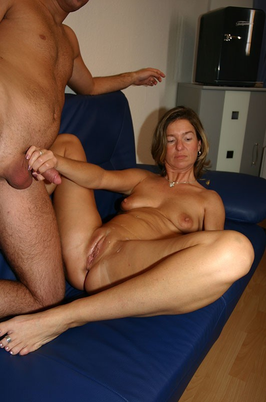 Leonti recommend How to enjoy a threesome