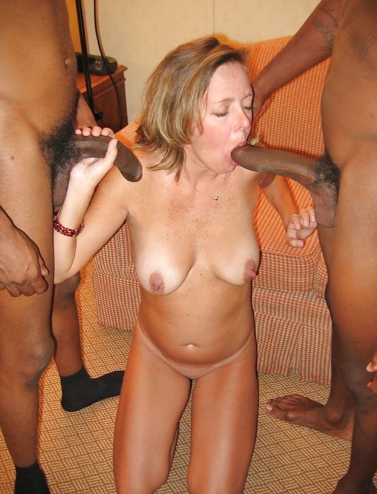 Johnnie recommend Mother daughter blow jobs