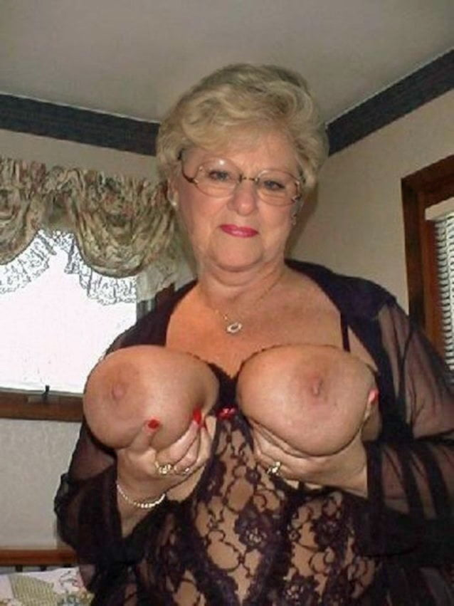 Petta recommends Mature exhibitionists videos